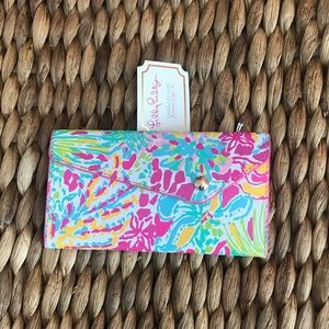 NWT Lilly Pulitzer Sunglasses Case